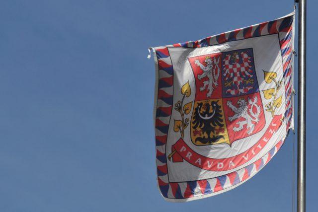 Prezidentská standarta na Pražském hradě