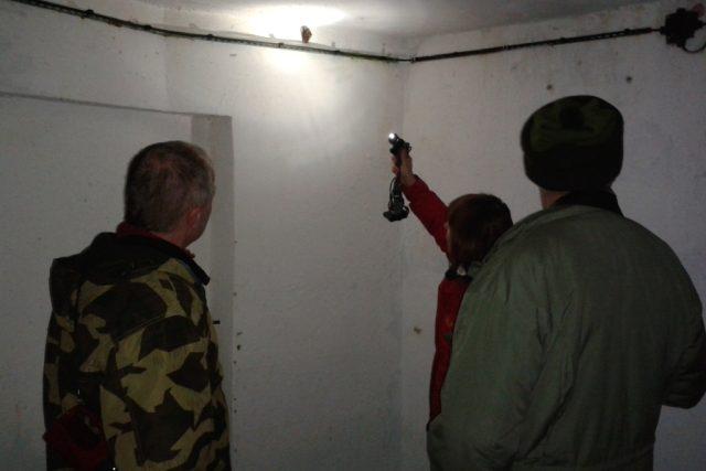 Zoologové počítali v podzemí pohraniční tvrze Hanička netopýry.