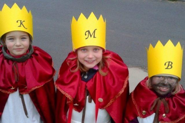 Malí koledníci - Natálka,  Viktorka a Jůlinka | foto: Olga Štrejbarová
