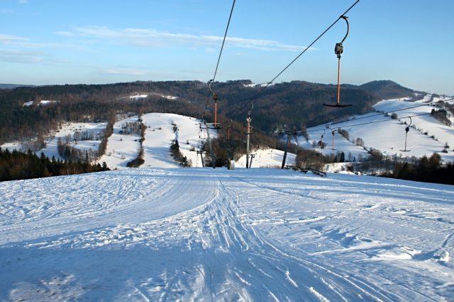 Jestřebí hory v zimě - sjezdovka | foto:  Oficiální stránky Jestřebích hor