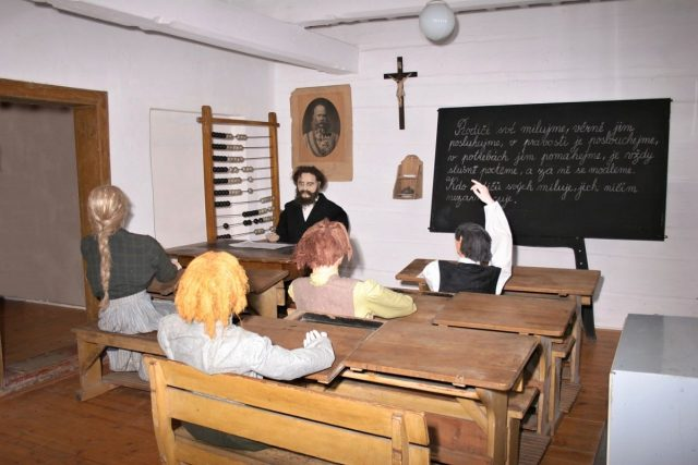 Stará školní třída | foto:  Regionální muzeum v Náchodě