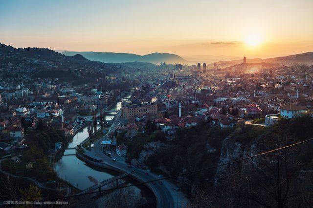 Východ slunce nad Sarajevem v roce 2014
