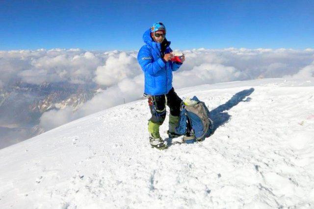 Honza Tráva Trávníček na vrcholu himalájské K2