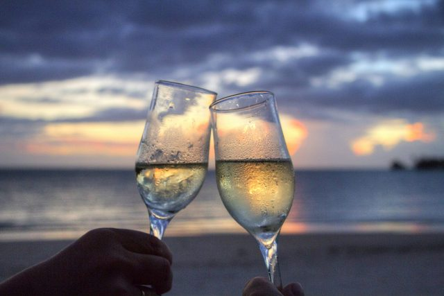 víno,  romantika,  přípitek | foto: Fotobanka Pixabay
