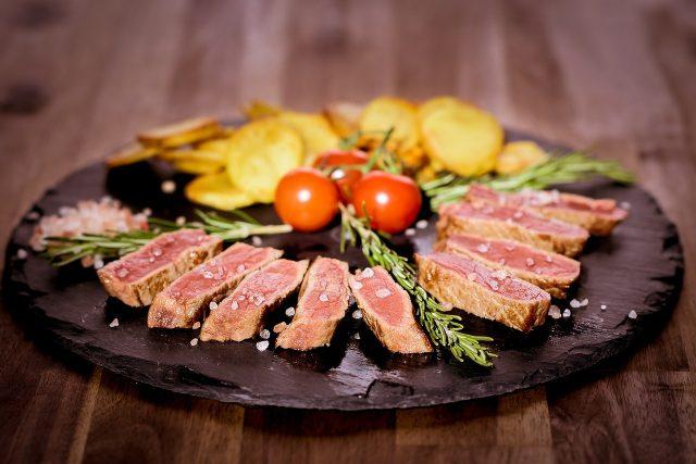 Kvalitní maso a kvalitní zelenina patří k sobě