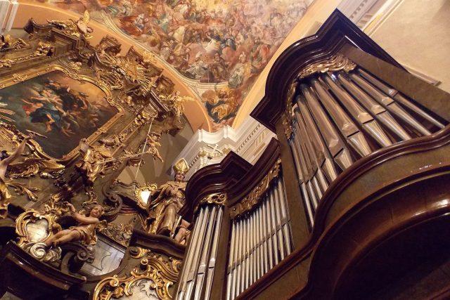 Varhany v klášterním kostele sv. Augustina ve Vrchlabí | foto: Radek Hanuš