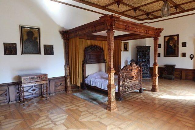 Hrádek u Nechanic - ložnice hraběnky