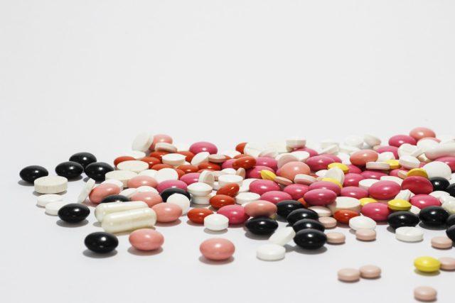 Pilulky - drogy - léky