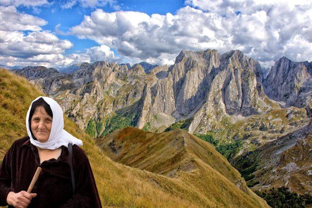 Prokleté hory v Albánii ctí přísloví - Host do domu, Bůh do domu