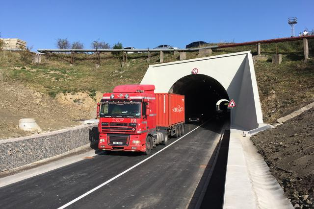 Tunel pod kolejemi v České Třebové