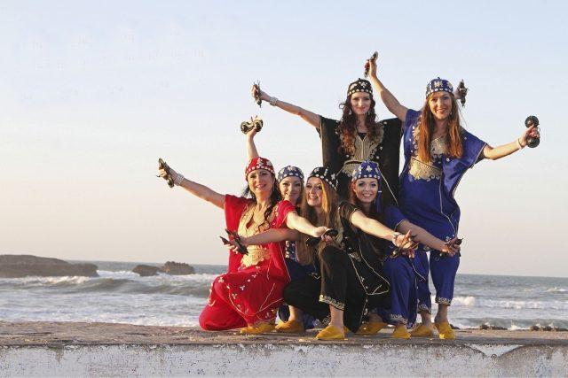 Tančí lépe, než originální orientální tanečnice. Sahar má speciální cenu Marockého království