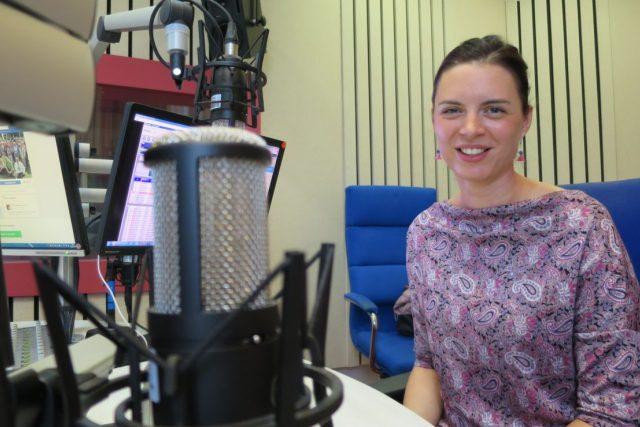 Andrea Nečasová, staniční sestra onkologického oddělení, získala Hradci Králové a zdejší Fakultní nemocnici cenné stříbro v soutěži Nej sestřička