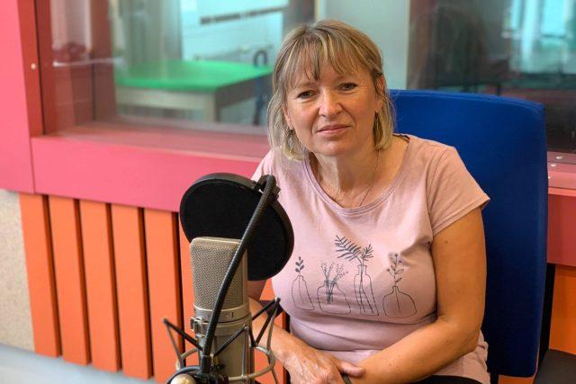 Martina Beková ve studiu Českého rozhlasu Hradec Králové | foto: Jakub Schmidt,  Český rozhlas