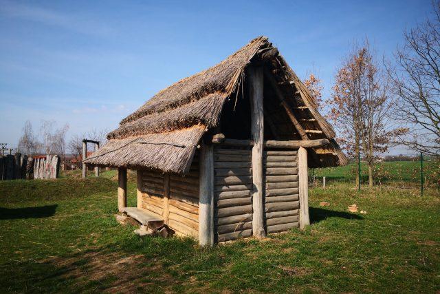 Archeopark pravěku ve Všestarech u Hradce Králové | foto: Tomáš Peterka,  Český rozhlas