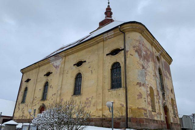 Pokračuje obnova barokního kostela v Pilníkově na Trutnovsku | foto: Jana Házová,  Český rozhlas