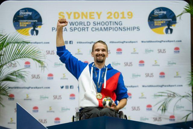 Tomáš Pešek vybojoval mezi handicapovanými sportovci na MS v australském Sydney v disciplíně vzduchová pistole na 10 metrů titul mistra světa