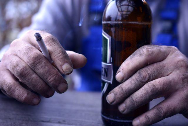 Alkoholismus  (ilustrační foto) | foto: Fotobanka Pixabay