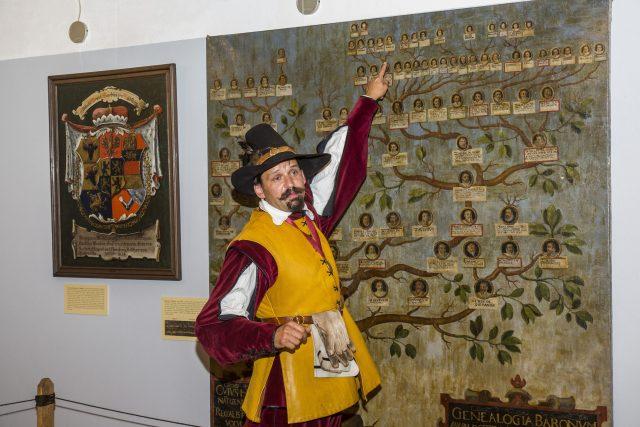 Historik Krkonošského muzea Vrchlabí Jiří Louda alias hejtman Regimentu Zemské hotovosti