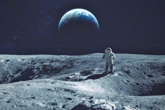 Japonská vláda a tamní vesmírná agentura zamýšlejí stálý zdroj potravin na Měsíci  (ilustrační foto) | foto: Shutterstock