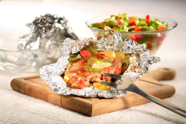 Maso a zelenina v alobalu