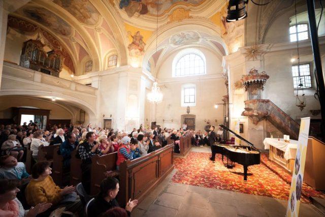 Festival Za poklady Broumovska - Kostel sv. Jiří a Martina, Martínkovice