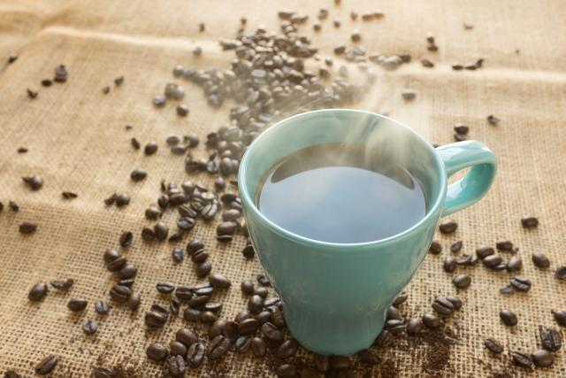 Kávou proti hladu? I to je jeden z fíglů, jak se zbavit pocitu hladu (ilustrační foto)