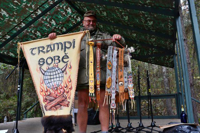 10. Celosvětový trampský potlach v Texasu ve Spojených státech amerických