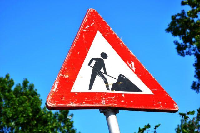Práce na silnici  (ilustr. obr.) | foto: Fotobanka PxHere  (CC0 Public Domain)