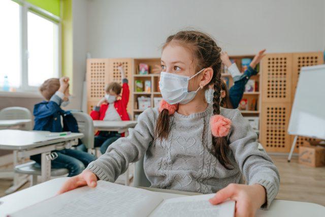 Bojíte se,  jak zvládnete návrat do školy po online výuce? | foto: Shutterstock