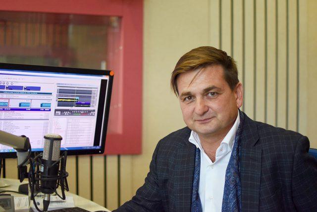 Martin Červíček ve studiu Českého rozhlasu Hradec Králové   foto: Jiřina Šmídová,  Český rozhlas