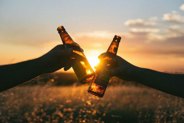 Půllitr piva jako krajíc chleba (ilustrační foto)