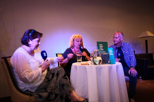 Další vysílání talk show Na větvi s Halinou