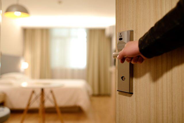 Hotely a restaurace obnovují provoz, musí ale dodržovat nařízená bezpečnostní pravidla (Ilustrační foto)