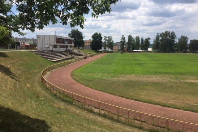 Rychnov nad Kněžnou opravuje atletický stadion
