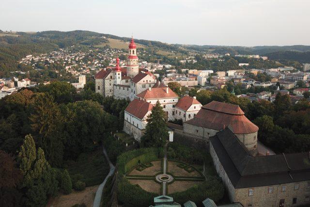 Státní zámek Náchod   foto: archiv NPÚ