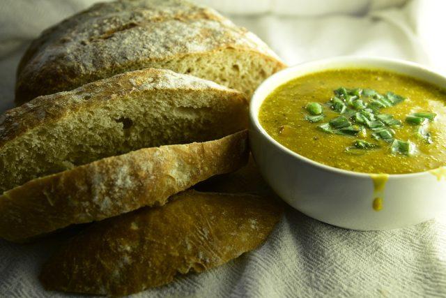 Hustá polévka vás nasytí i zahřeje (ilustrační foto)