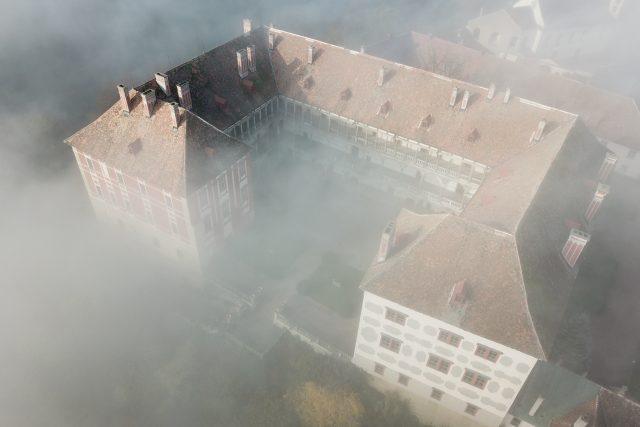 Areál opočenského zámku je jedinečným souborem památek v průběhu pěti století