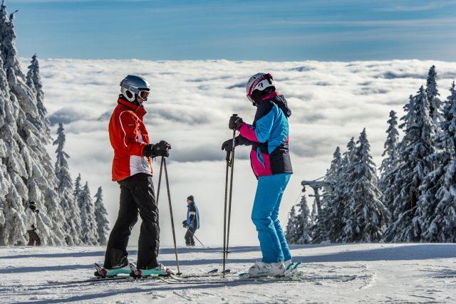 Foto z prvního lyžování v sezóně 2017-18 | foto: SkiResort ČERNÁ HORA - PEC