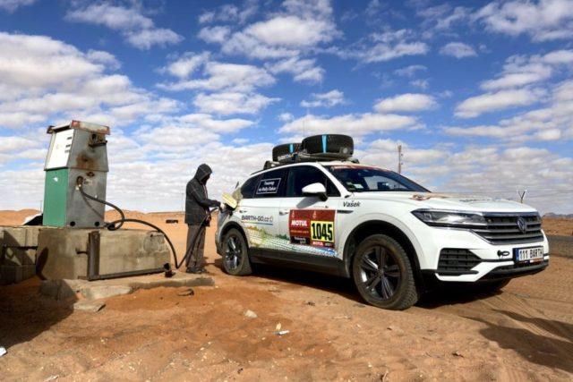 42. ročník slavného závodu Rallye Dakar se přestěhoval z Jižní Ameriky do Saúdské Arábie