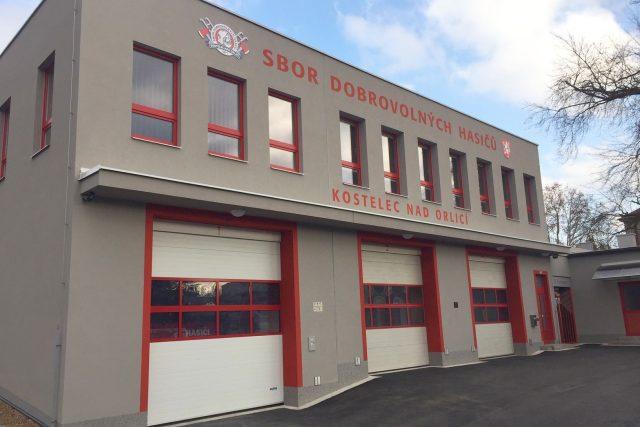 Lepší zázemí pro techniku i pro samotnou jednotku získal Sbor dobrovolných hasičů v Kostelci nad Orlicí