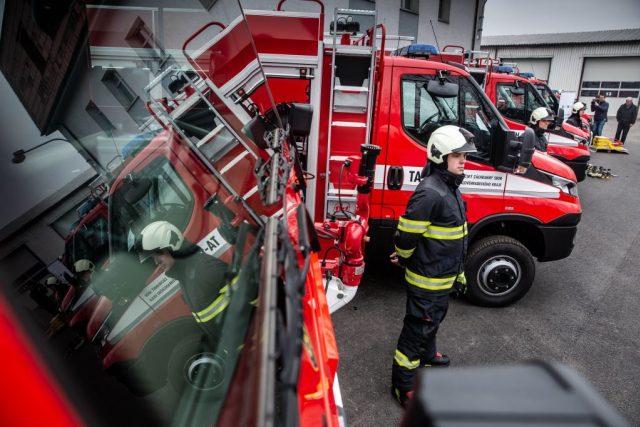 Nová zásahová technika za 66,5 milionů korun pro hasiče v Královéhradeckém kraji