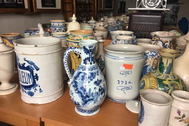 Farmaceutické muzeum v Kuksu získalo do svých sbírek nové vzácné exponáty