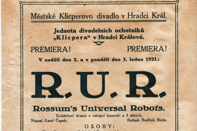 Plakát k uvedení hry Karla Čapka RUR v roce 1921 v Hradci Králové
