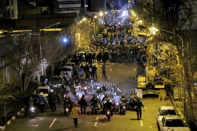 Nepokoje v Íránu