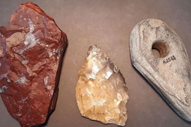 Za drahými kameny do pravěku můžete vyrazit v Krkonošském muzeu v Jilemnici | foto: Krkonošské muzeum Jilemnice
