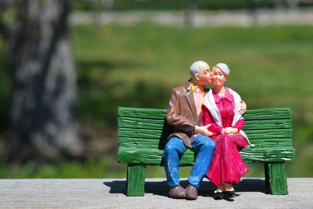 Senioři, myslete víc na sebe! Ke zdravému stárnutí je nejdůležitější pohoda (ilustrační foto)