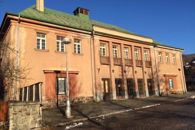 Objekt bývalého kina ve Vrchlabí se po přestavbě změní na divadlo