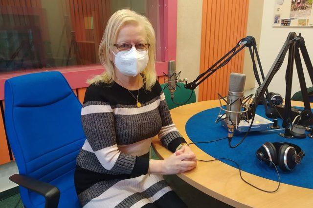 Prof. MUDr. Sylvie Dusilová Sulková, DrSc. ve studiu Českého rozhlasu Hradec Králové