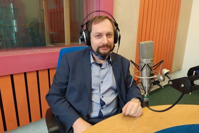 Mgr. Martin Horák ve studiu Českého rozhlasu Hradec Králové
