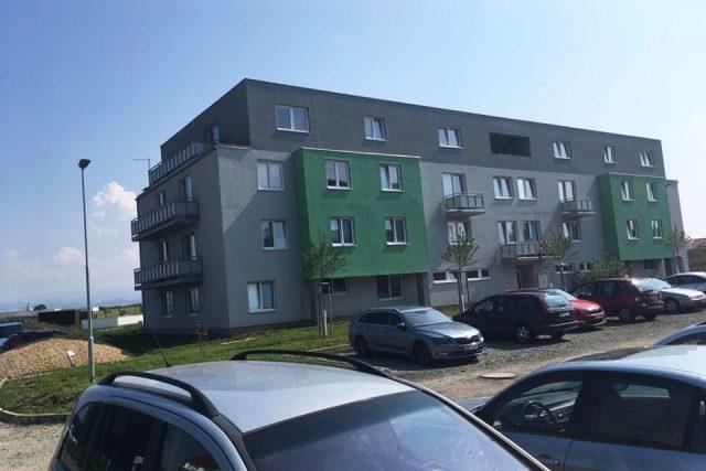 V Opočně už více než rok funguje pilotní projekt startovacích bytů pro zaměstnance automobilky v Kvasinách